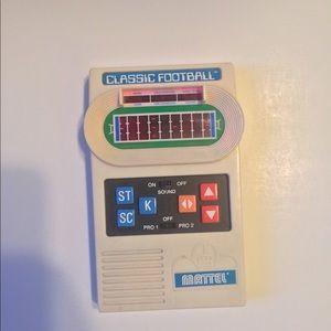 Mattel classic football 🏈 handheld game